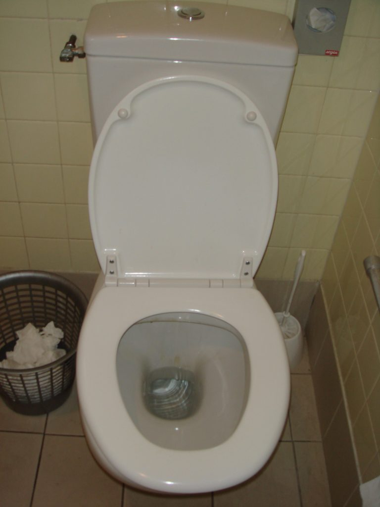 raccorder un lavabo